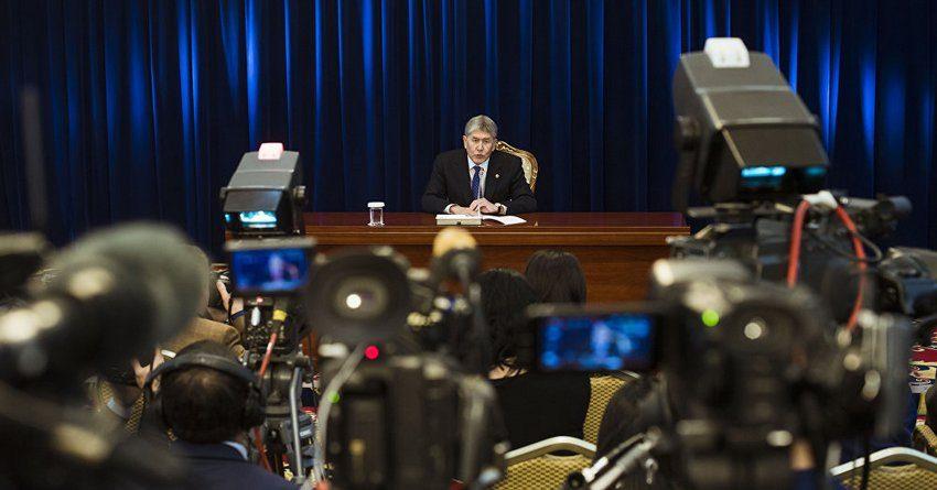 Все о внешних займах, ставках по кредитам, дружбе с Китаем и ЕАЭС: самые точные заявления Атамбаева о финансах и экономике