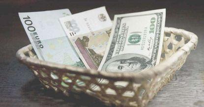 Долларовые сбережения оказались среди аутсайдеров