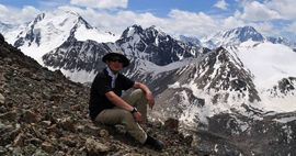 Закрытое небо и инфраструктура, которой нет: как из Кыргызстана создают колыбель туризма