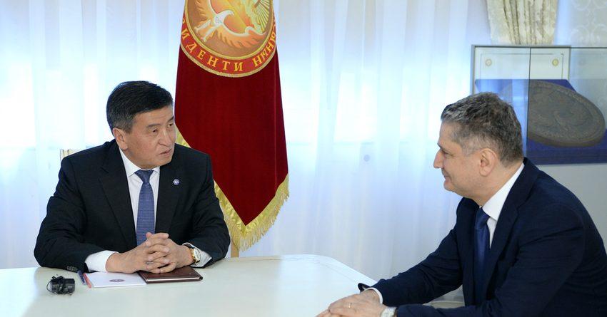 Президент Кыргызстана принял председателя коллегии ЕЭК Тиграна Саркисяна