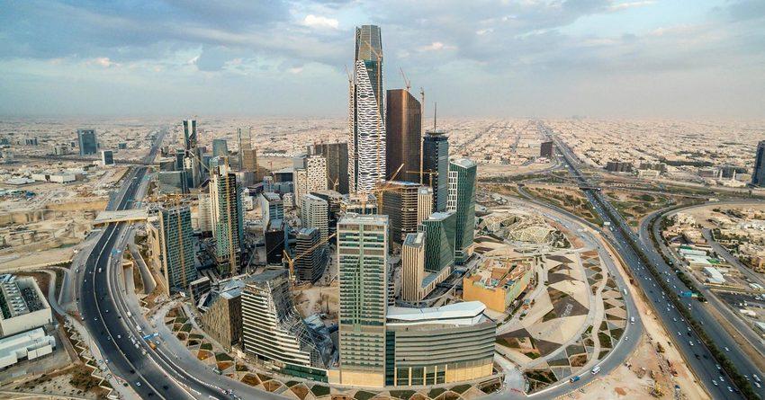 Падение мировых цен на нефть загнало Саудовскую Аравию в многомиллиардные долги