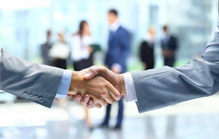 Бизнесмены убедили министра экономики КР не внедрять внезапные проверки предпринимателей
