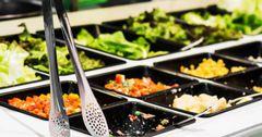 Контрольная закупка: как правильно выбрать готовую еду в гипермаркете?(видео)
