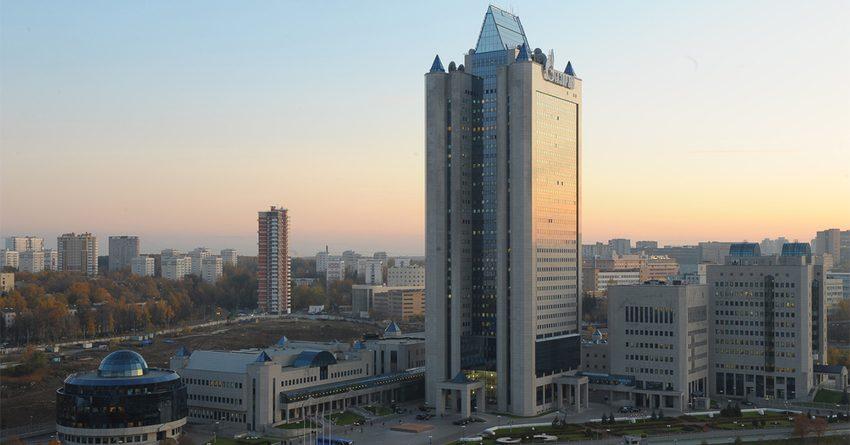 Акции «Газпрома» падают в цене из-за проблем в ВЭБе, где хранит деньги РКФР