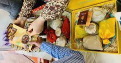 Кыргызстан представил мед и сухофрукты на выставке в Индии
