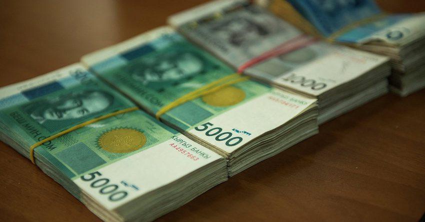 В бюджет поступило 16.2 млрд сомов косвенных налогов на импорт