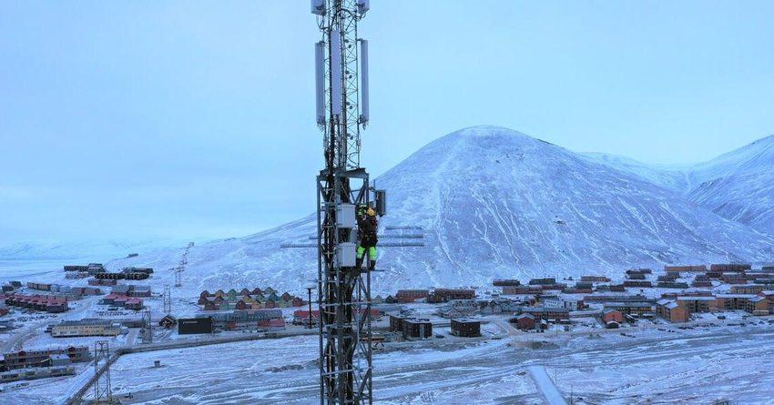 Россия проведет интернет в Арктике за 65 млрд рублей