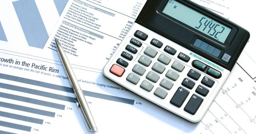 В РК спрос на услуги юристов и бухгалтеров снизился на 15%