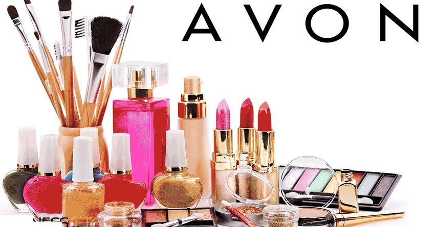 В КР пытались завезти контрабанду косметики Avon и Faberlic