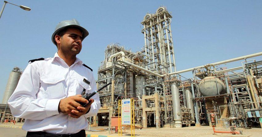 Иран назвал условия, при которых окажет помощь в стабилизации рынка нефти