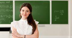 На повышение зарплат учителям выделят 7 млрд сомов