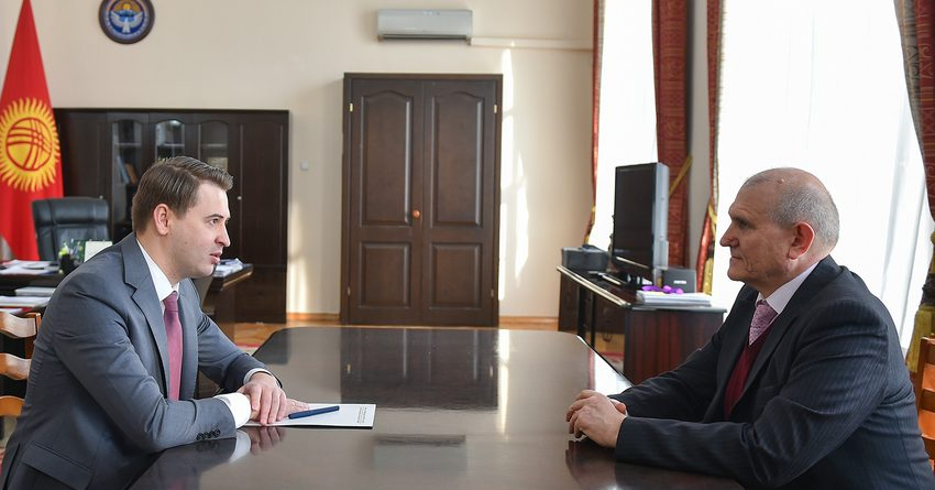 Кыргызстан просит у России разрешения на чартерные рейсы