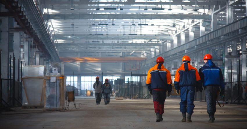 С начала года промпроизводство в Кыргызстане выросло почти на 35%
