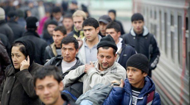 Кыргызские мигранты теряют интерес к России