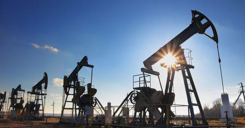 Мировые цены нанефть растут вконце рабочей недели утром