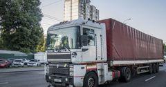 Депутаты предлагают запретить перевозки тяжелых грузов в столице