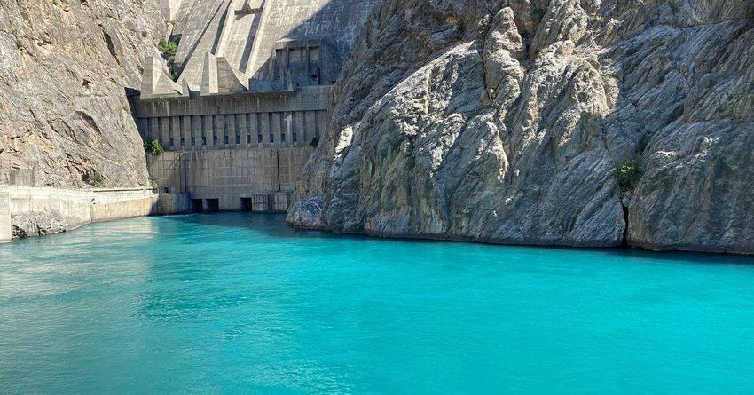 Объем воды в Токтогульском водохранилище составляет 12.2 млрд кубометров