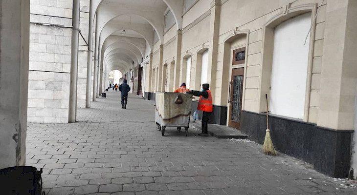 Бишкекте муниципалдык кызматтар штаттык режимде иштеп жатышат