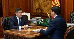 Президент КР обратил внимание на доставку продуктов первой необходимости