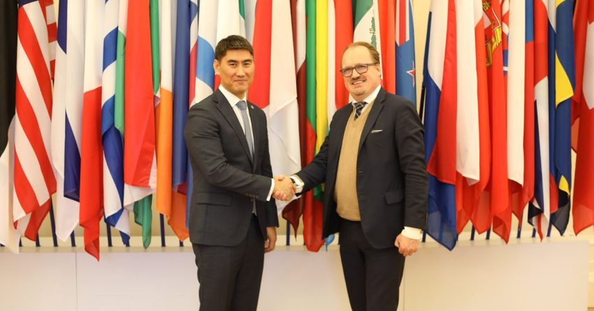 Министр иностранных дел посетил штаб-квартиру ОЭСР