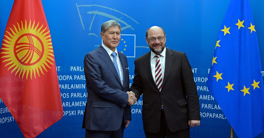 Правительство КР просит Евросоюз выделить деньги на президентские выборы в 2017 году