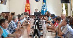 И. о. мэра Бишкека пообещал решить вопрос с тарифами на проезд осенью