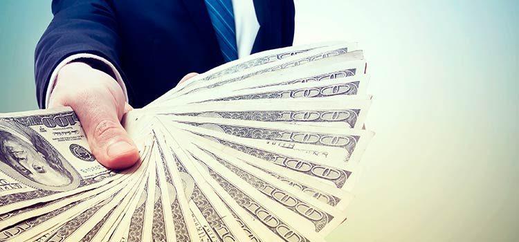В КР наметился спад притока прямых иностранных инвестиций — Казакбаев