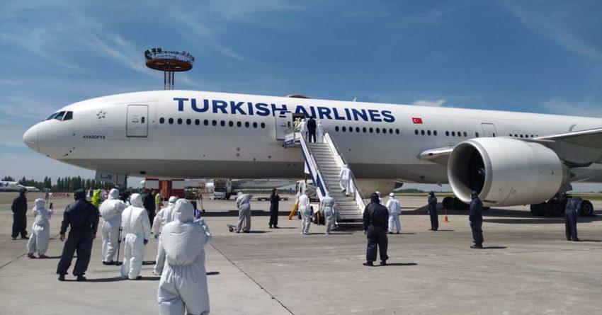 349 кыргызстанцев вернулись в КР из Стамбула