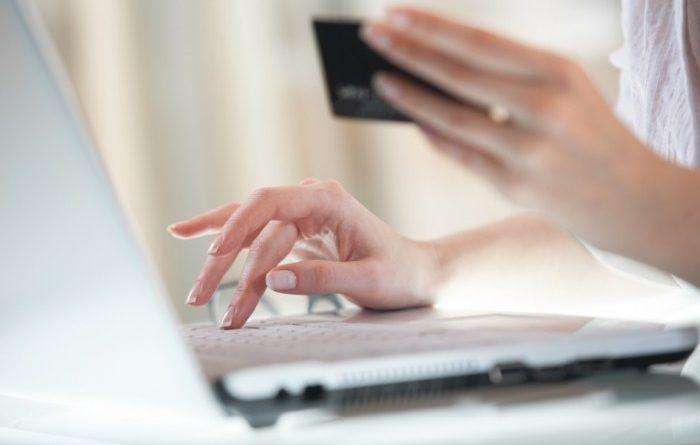 Более 65 млн сомов налогов уплатили через веб-кассы, интернет-банкинг и банкоматы