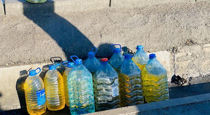 Мыйзамсыз сатылган 320 литр күйүүчү-майлоочу май тартылып алынды