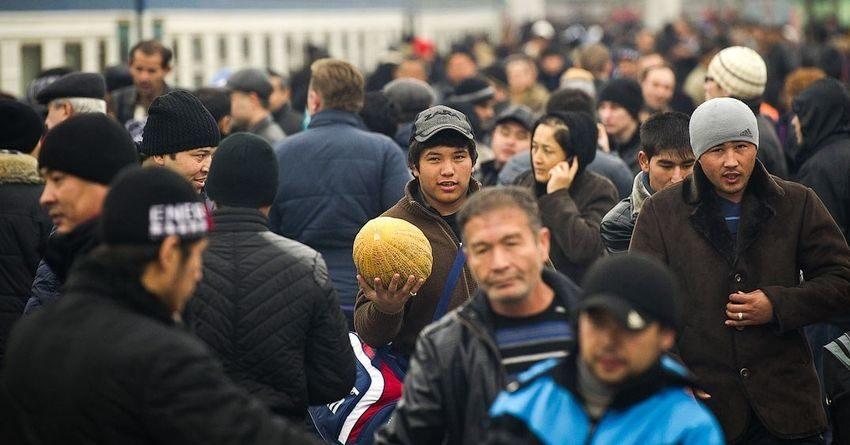 МВФ: Экономика КР растет благодаря деньгам трудовых мигрантов