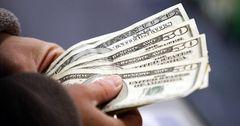 В сентябре приток денежных переводов в КР составил $205 млн