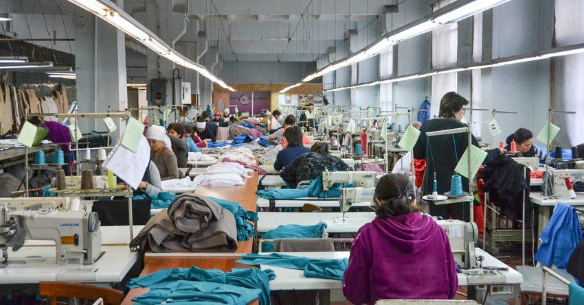 Узбекистан экспортировал текстиль и одежду в КР на $139 млн