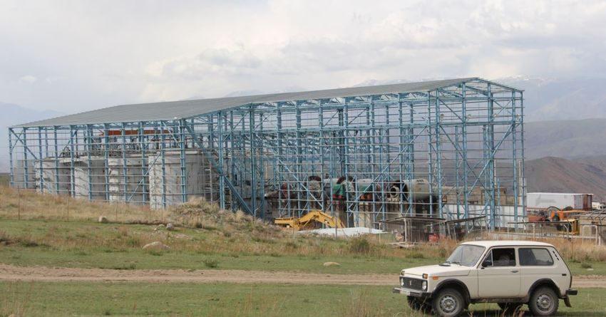 На Джеруе начато строительство фабрики по извлечению золота