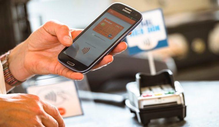 В России ограничивают анонимные электронные платежи