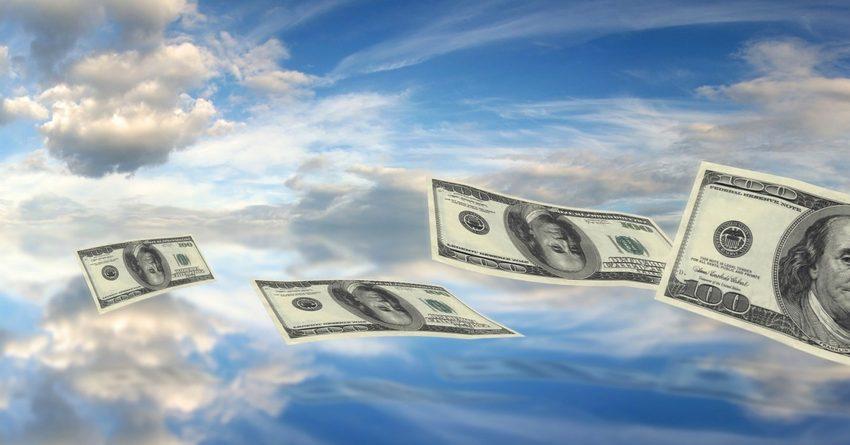 Количество денежных переводов из РК за год сократилось на 3%