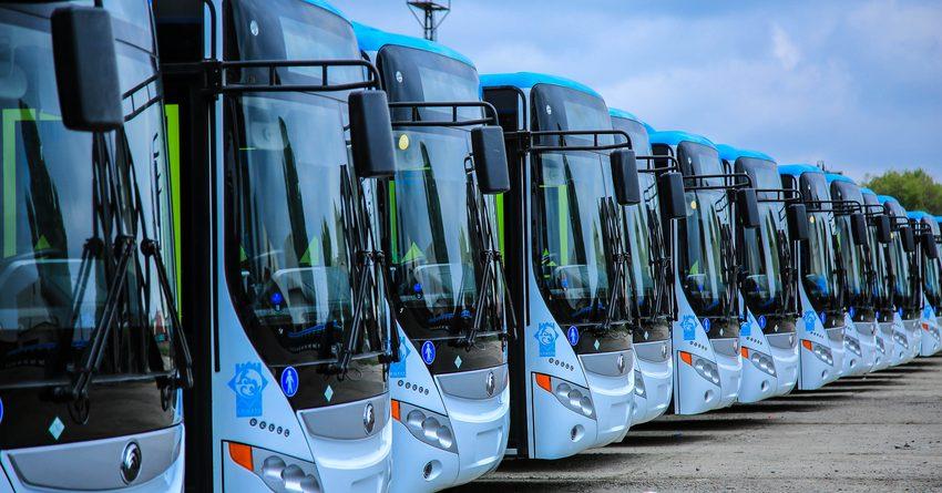 В Бишкек прибыли 60 автобусов на природном газе