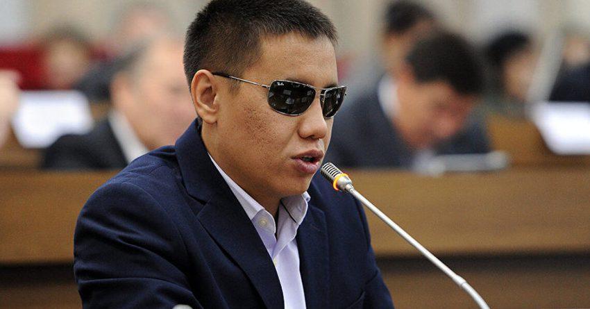 Минздрав пытается избежать уплаты компенсации медработникам — депутат