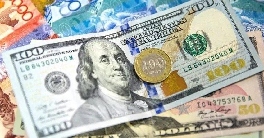 В июне казахстанцы скупили $1 млрд