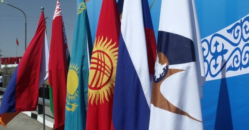 Взаимная торговля между странами ЕАЭС выросла за полгода на $5.3 млрд