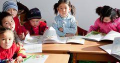 Премьер-министр поручил обеспечить интернетом каждую школу в Кыргызстане