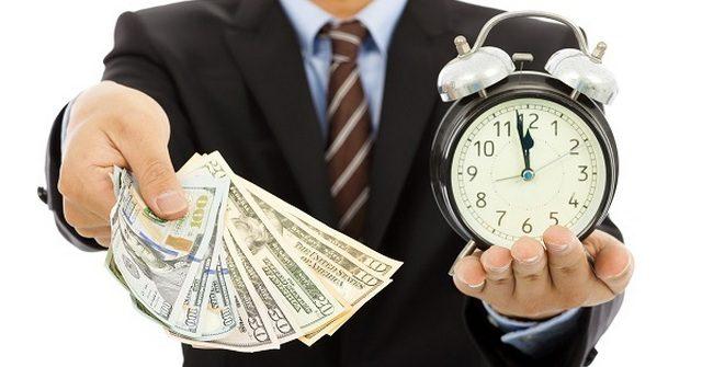 В августе продолжает сокращаться объем выдачи кредитов комбанками КР