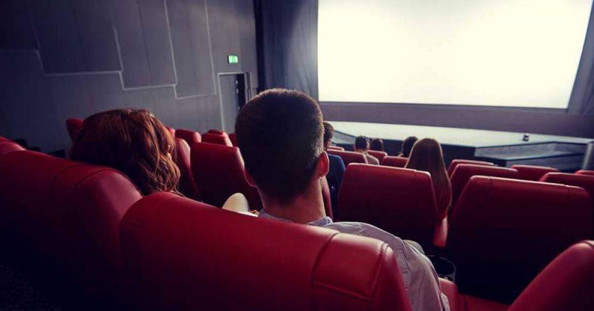 Кинотеатры несут убытки и просят разрешить им работать