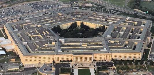 Amazon добился приостановки военного контракта Microsoft на $10 млрд