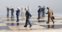 Комбанки будут откладывать капитал на риски по-новому
