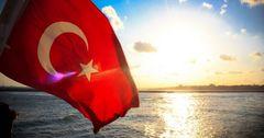 Российские туристы за три дня вернули Турцию в лидеры по продажам путевок