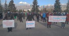 На Иссык-Куле директора школ требуют отставки главы районо