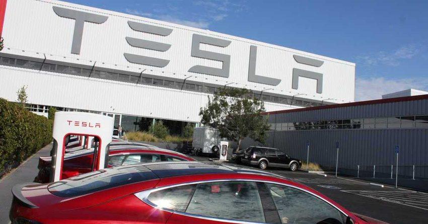 Для кроссовера Tesla Model Yиспользуют платформу Model 3