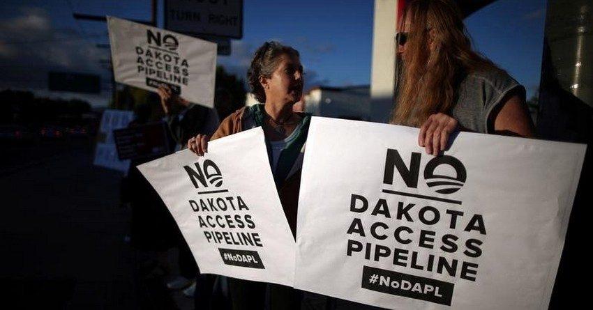 Активисты-экологи перекрыли экспорт нефти из Канады в США