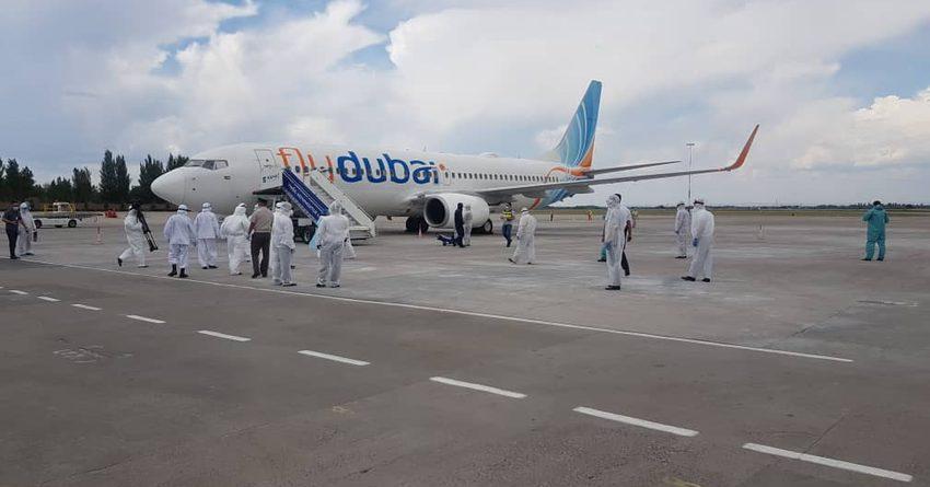 Из ОАЭ вернулись еще 187 кыргызстанцев